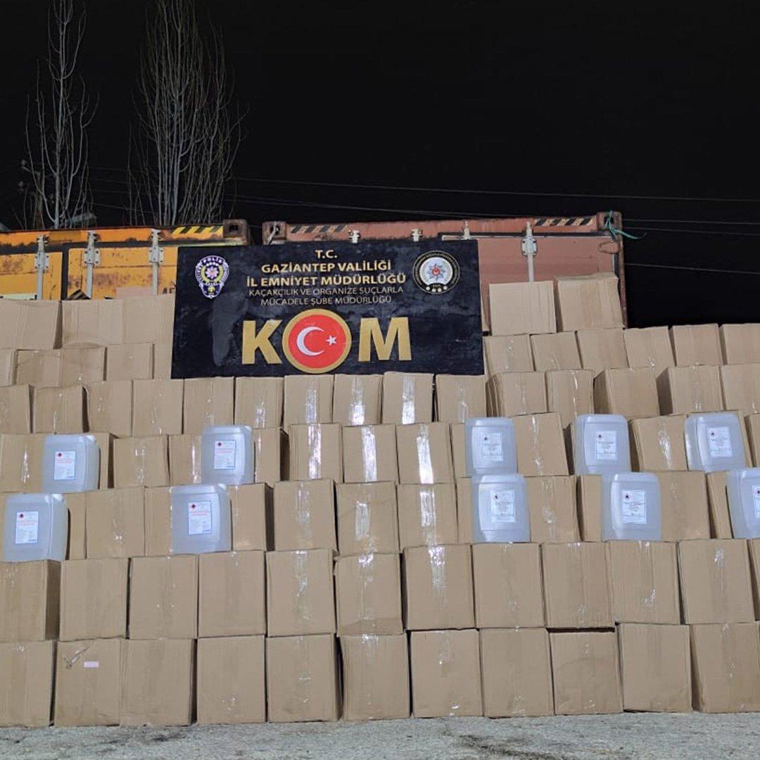 12 ton kaçak etil alkol ele geçirildi