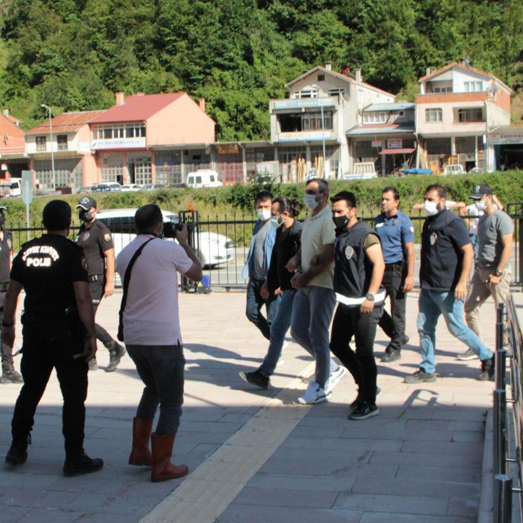 20 kişiye mezar olan apartmanın müteahhidi, Kastamonu'ya getirildi