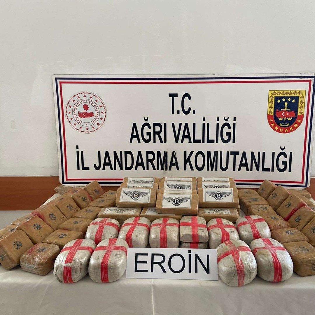 Ağrı'da 50 kilogram eroin ele geçirildi
