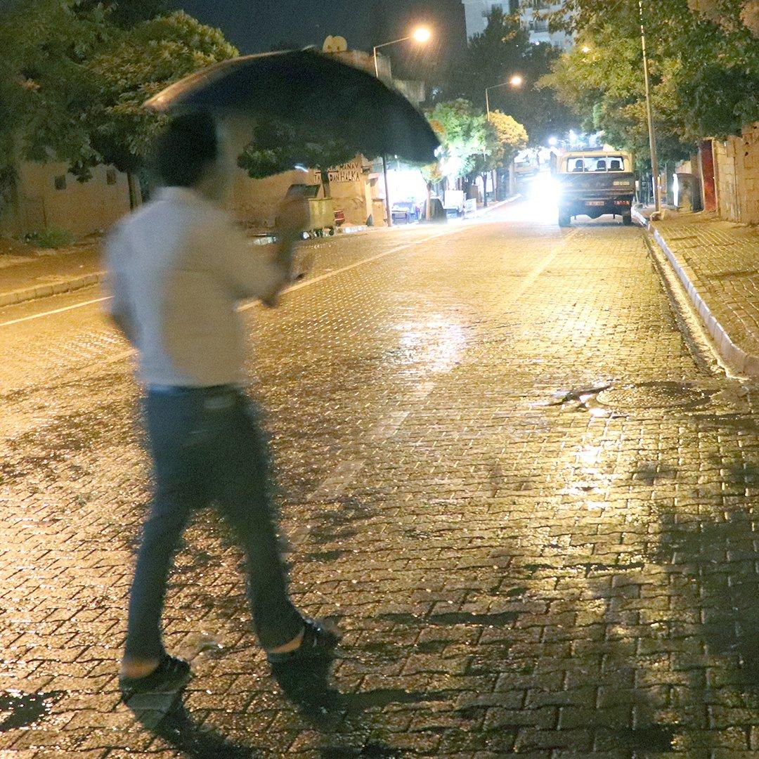 Araban'da yağmur serinletti