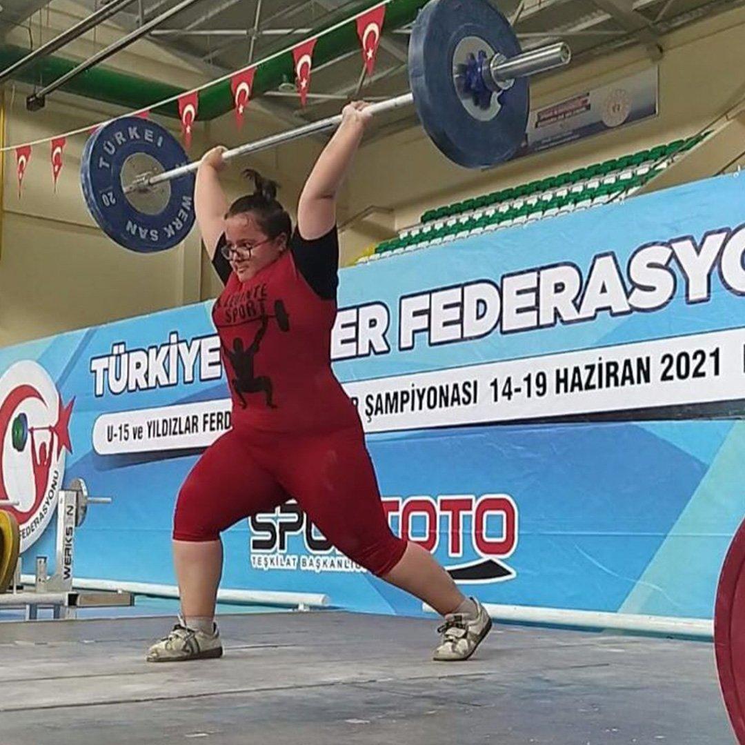 Atletizm şampiyonasında Türkiye birinciliği