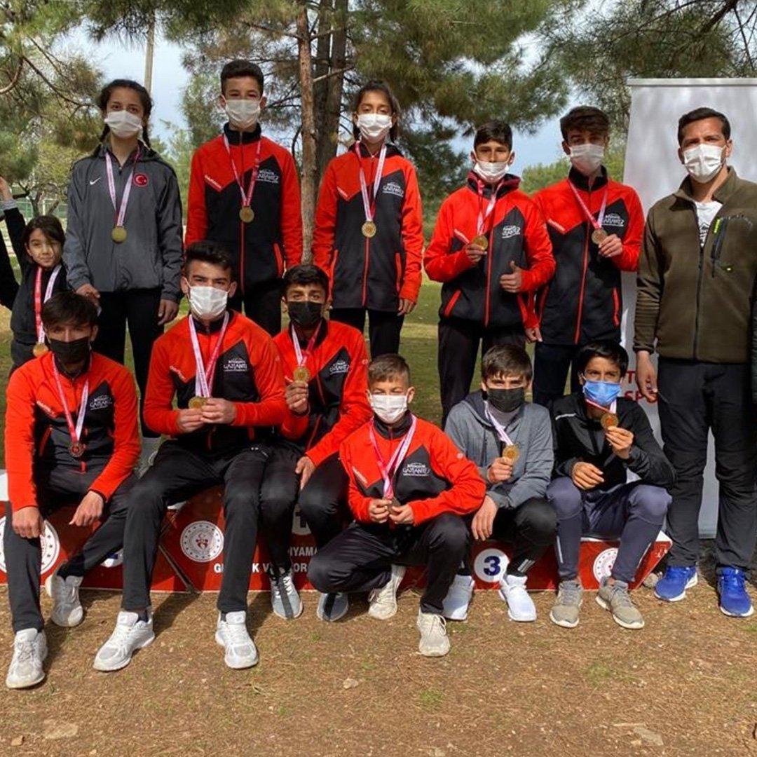 Büyükşehir sporcuları Gaziantep'e şampiyonlukla döndü