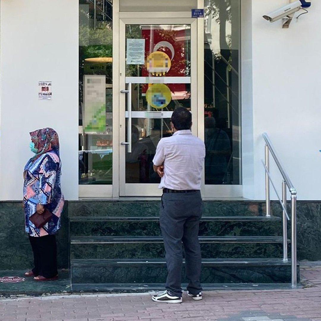 Çalışanı korona virüse yakalanan banka 1 hafta süreyle kapatıldı