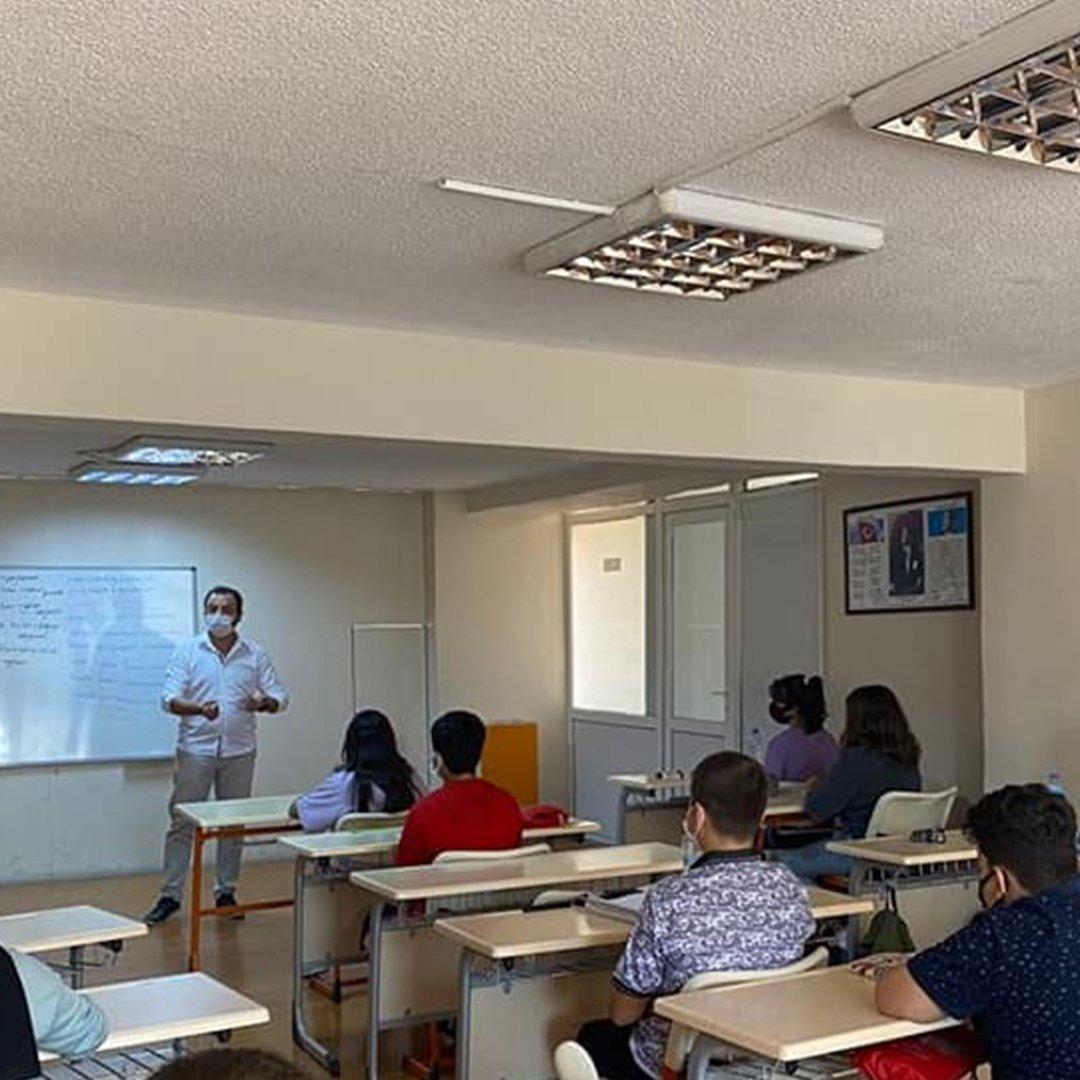 EFESEM'de yeni dönemin ilk ders zili çaldı