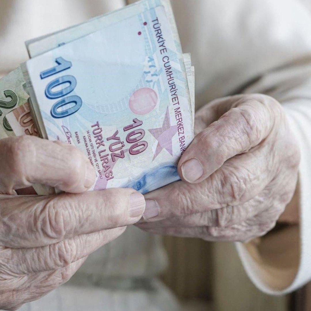 Emekli bayram ikramiyesi için tarih belli oldu