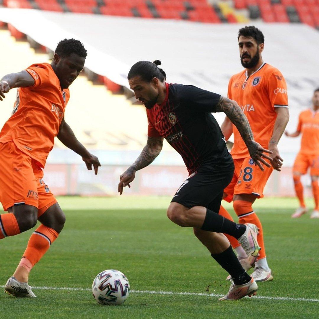 Gaziantep FK: 2 - Medipol Başakşehir: 0