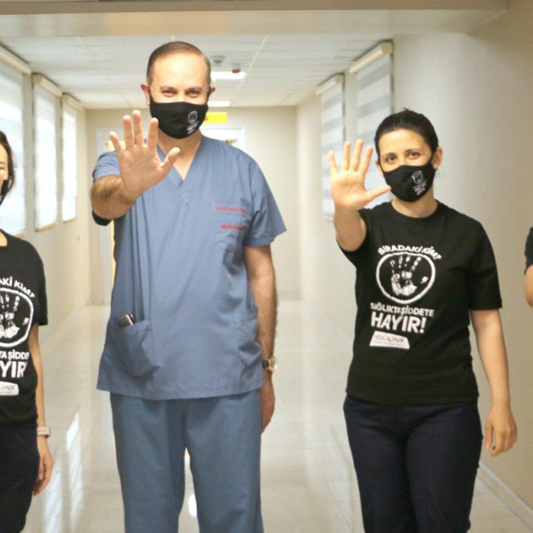 Gaziantep'te Sağlıkçıya Şiddete Hayır
