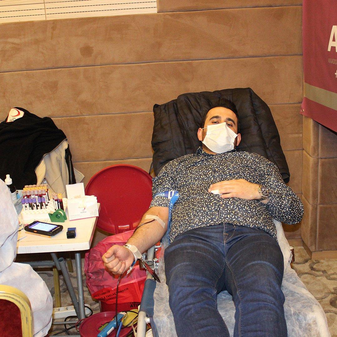Gaziantepli iş adamlarından kan bağışı