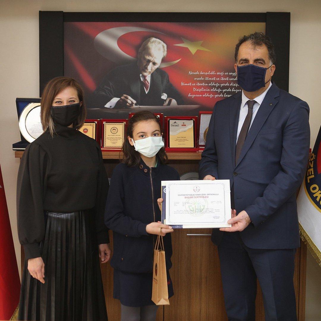 GKV Özel Okulları'nda başarılı öğrencilere ödül