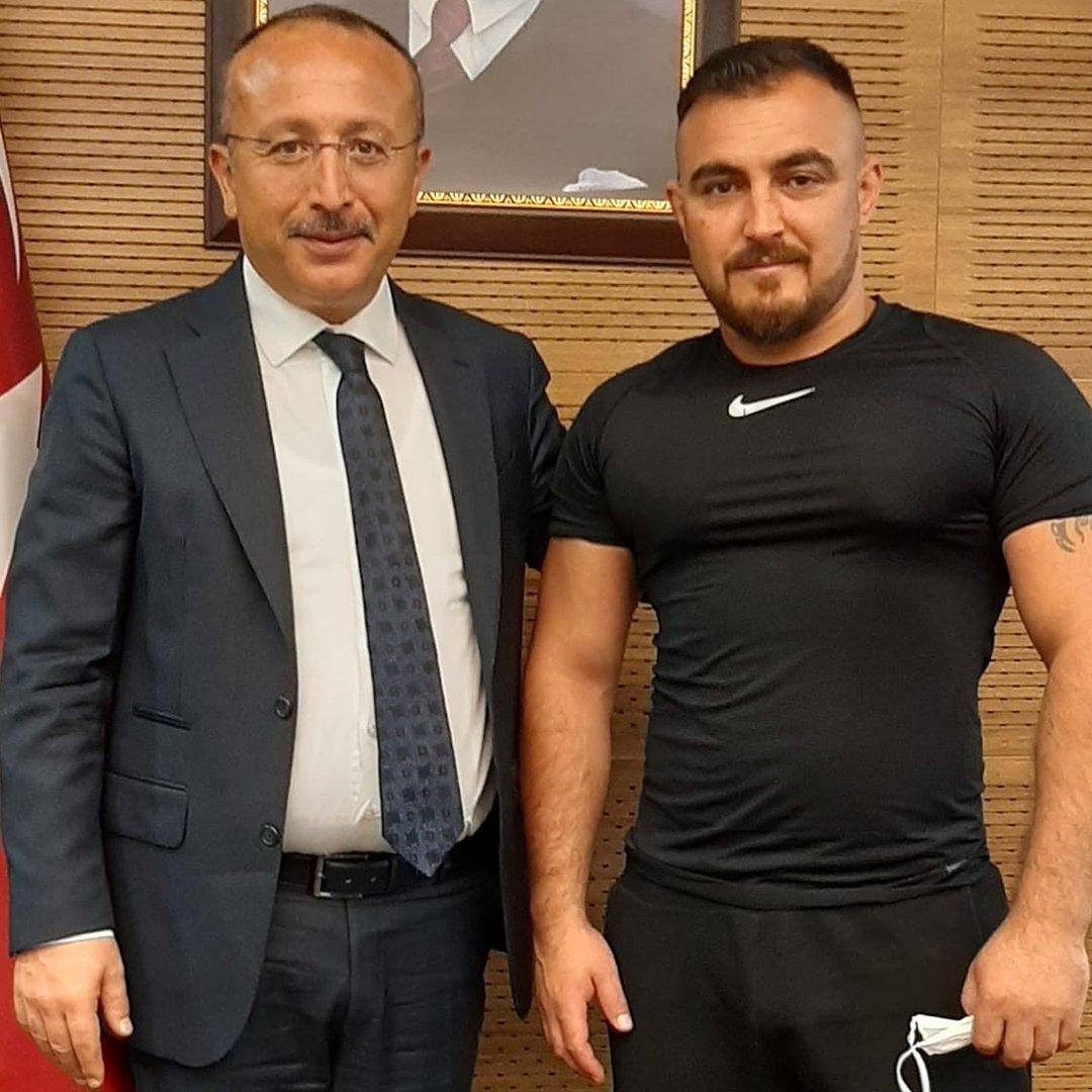 Hakan Dağ, 4 yıldır Türkiye şampiyonluklarıyla Denizli'yi gururlandırıyor