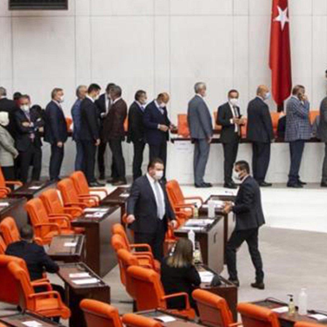 Hakimler Savcılar Kurulu'nun 7 yeni üyesi seçildi