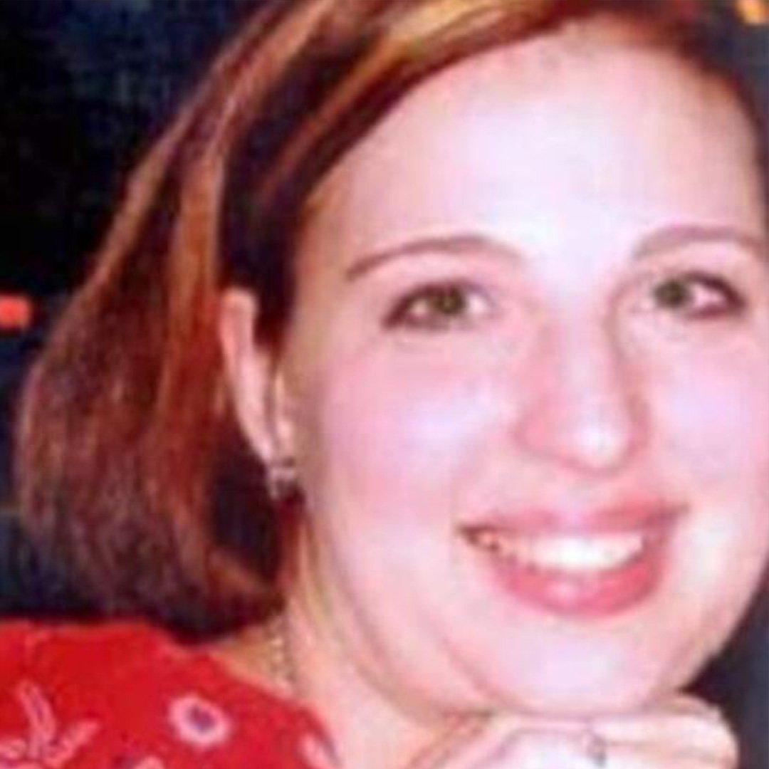 Hamile eşini ve 5 yaşındaki kızını öldürdü