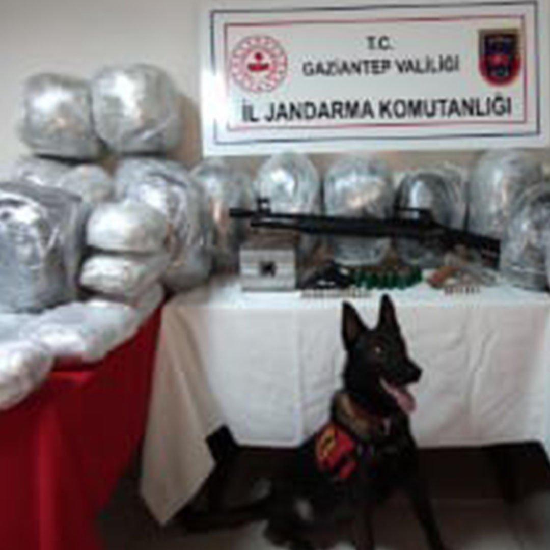 Jandarmadan uyuşturucu tacirlerine büyük darbe