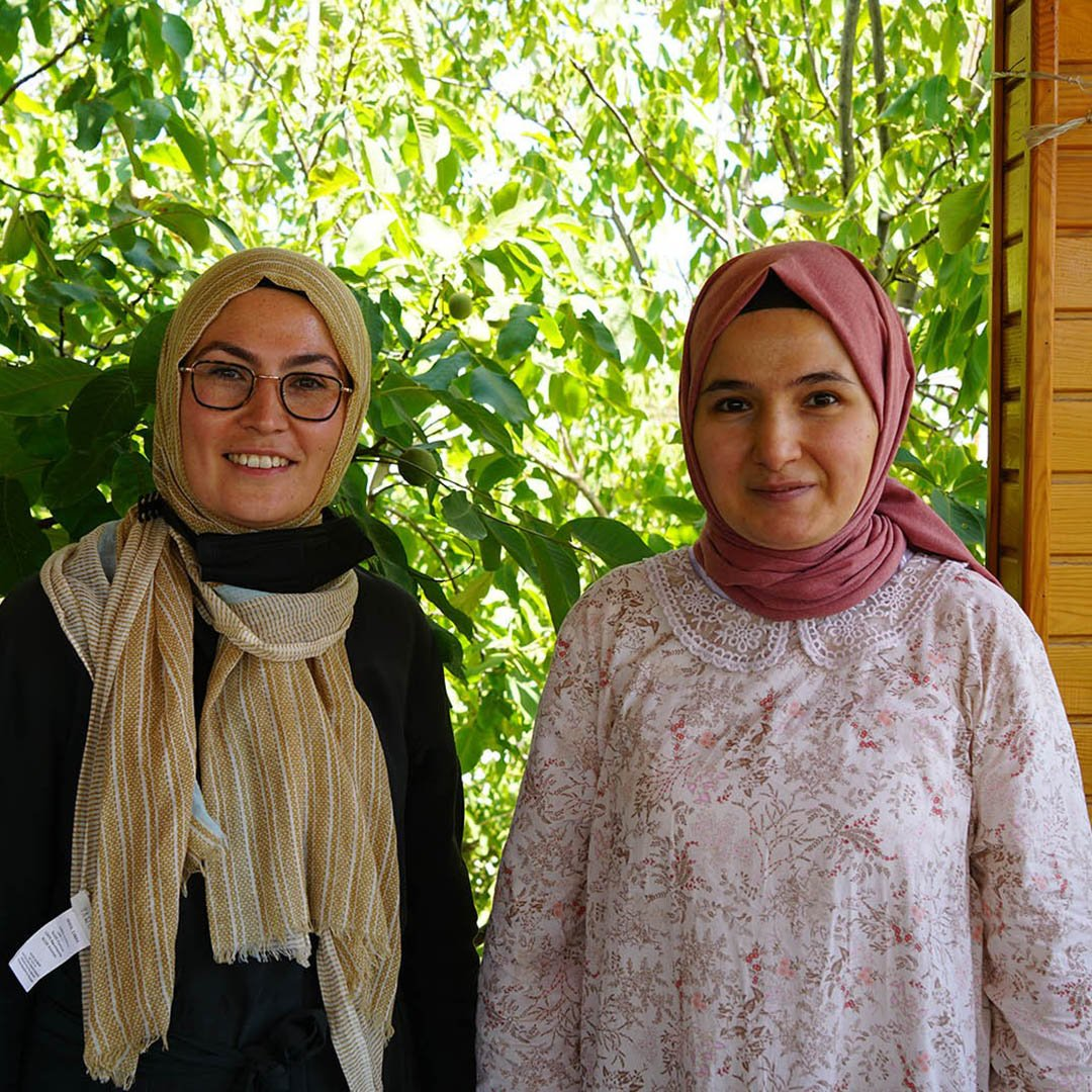 Kahramanmaraşlı Gamze, Türkiye'de işitme engelli ilk matematik öğretmeni oldu