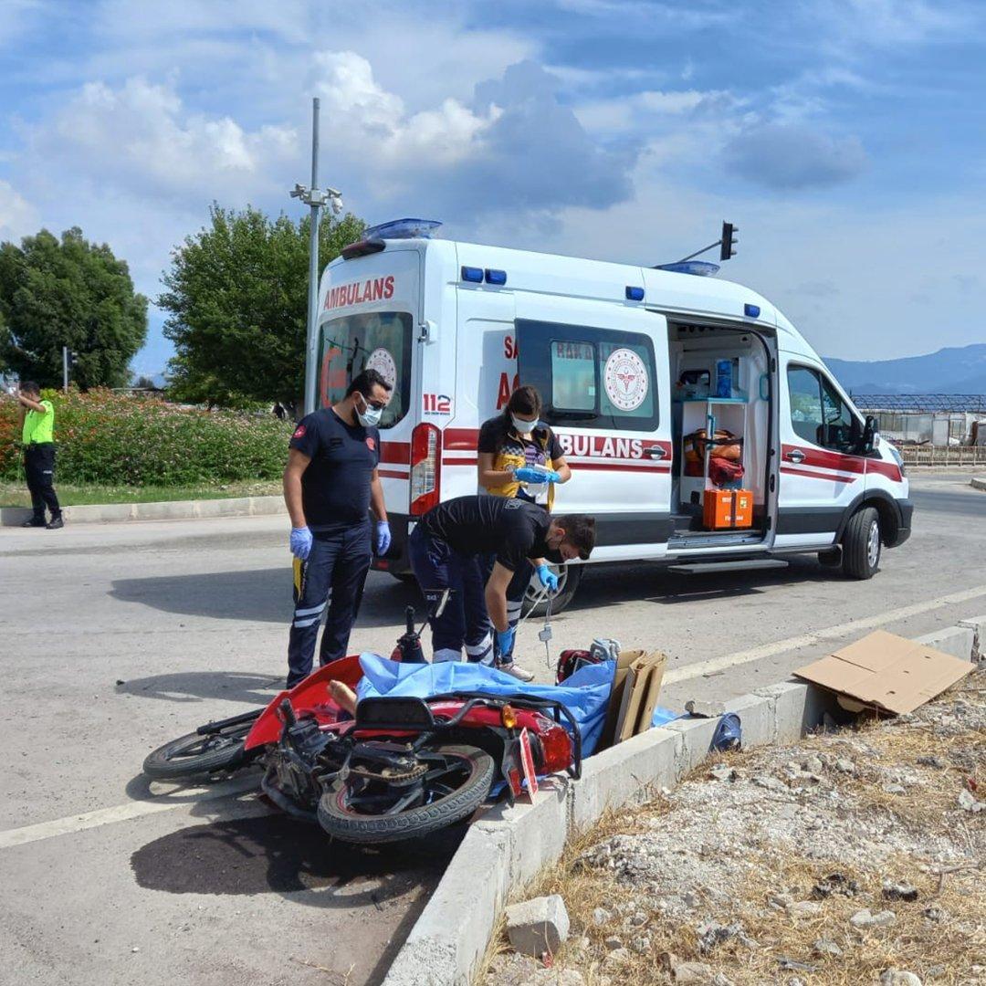 Kumluca'da motosiklet kazası: 1 ölü