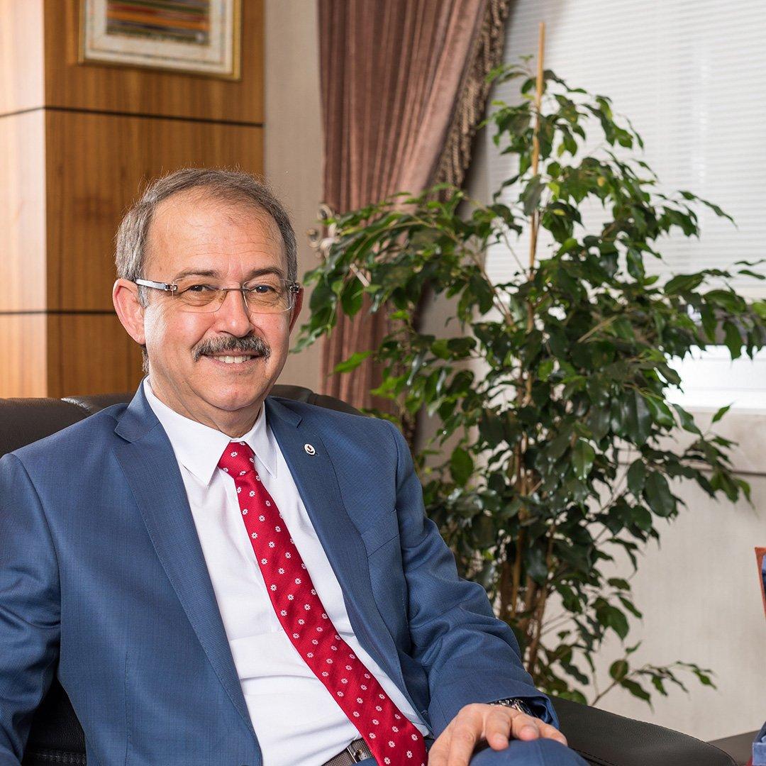 Prof. Dr. Dağlı'dan Ramazan bayramı mesajı