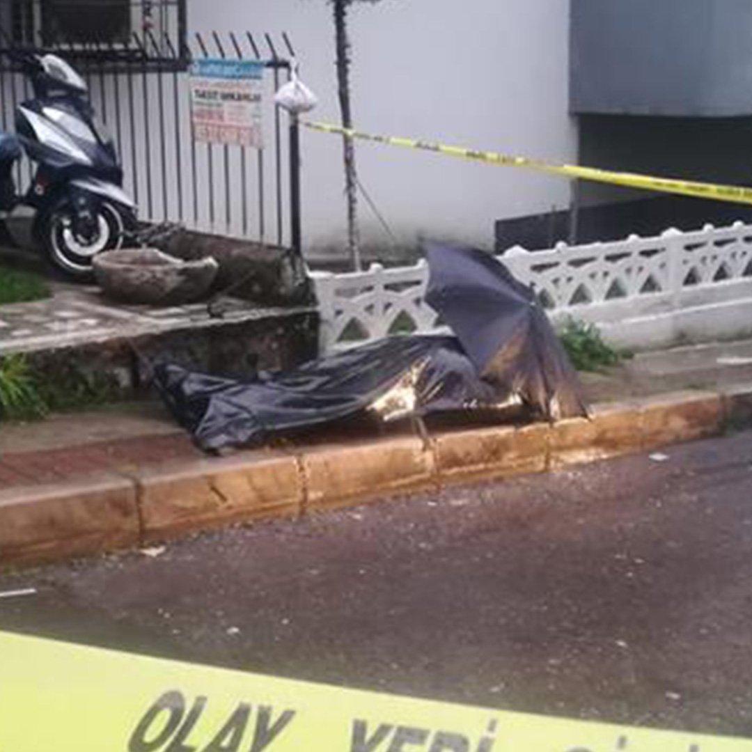 Sokak ortasında cansız beden bulundu