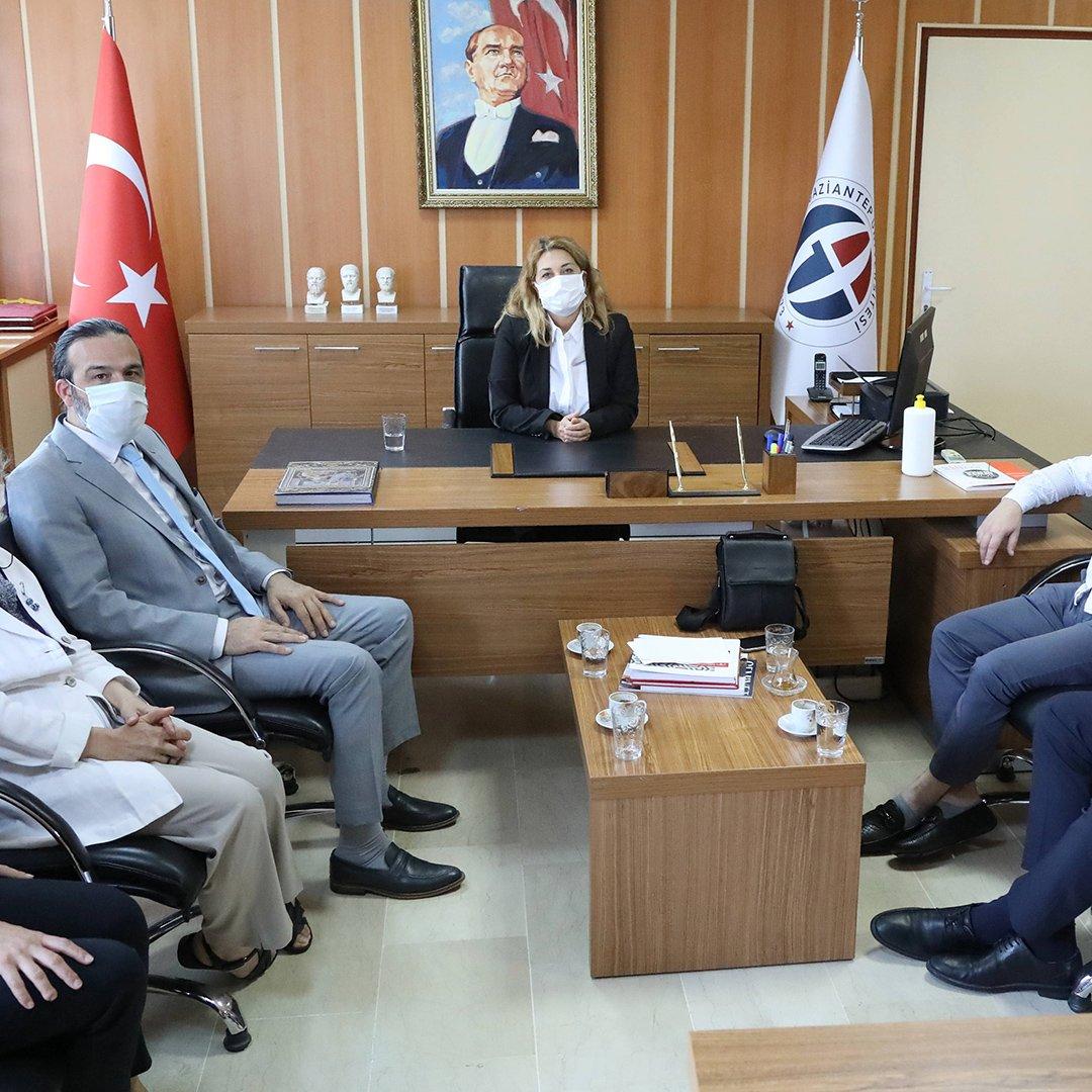 Türkiye'de tek olan halı tasarım bölümü ilk öğrencilerini aldı